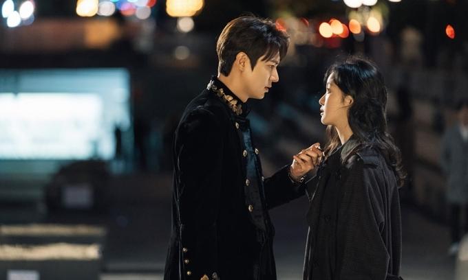 Lee Min Ho và Kim Go Eun thiếu cảm giác cặp đôi.