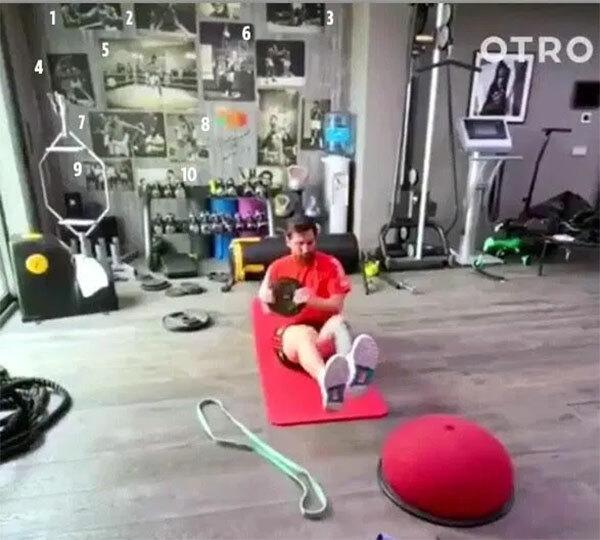Thông qua những đoạn video tập luyện của Messi trong thời gian cách ly, các fan tinh mắt phát hiện siêu sao Barca thần tượng huyền thoại Muhammad Ali và có riêng một góc thể hiện sự tôn thờ tay đấm một thời.