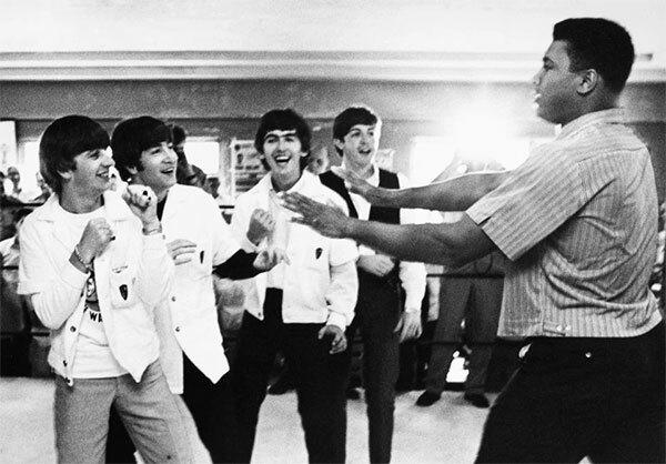 Ban nhạc lừng danh The Beatles gặp mặt huyền thoại Ali (ảnh 10).