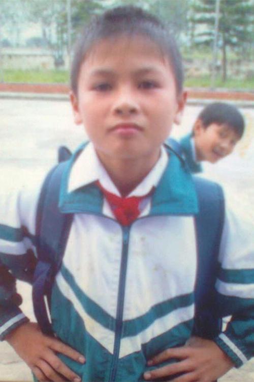 Quang Hải hồi còn là một cậu học sinh tiểu học. Thời chưa dậy thì của các 'hot boy' bóng đá Việt