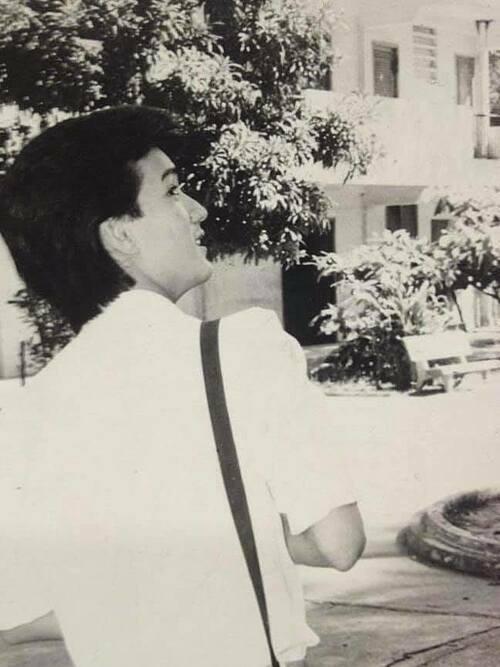 Đàm Vĩnh Hưng nhớ lại thời còn học lớp 12 và dự định sẽ học quay lại trườngNguyễn Thượng Hiền tái hiện khoảnh khắc này.