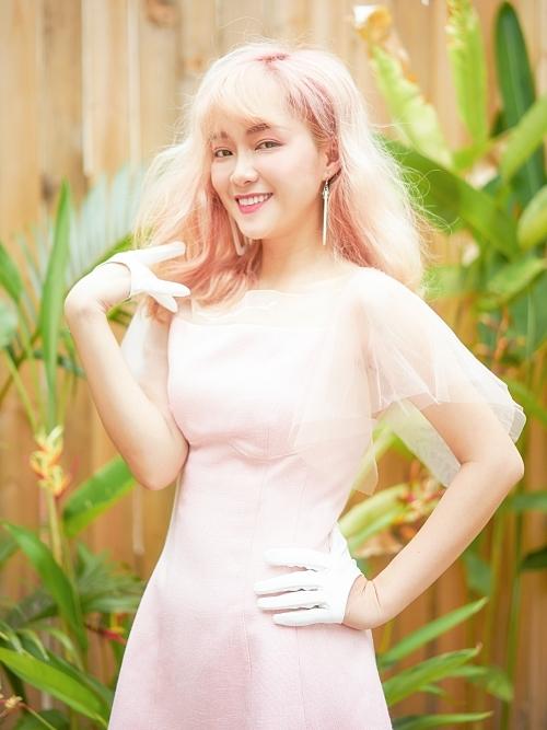 Đinh Hương trong buổi chụp hình cho single mới.