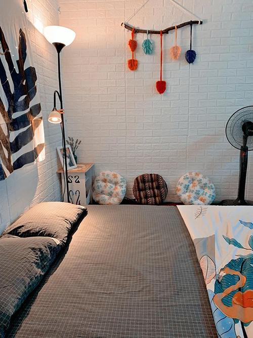 Tuy căn phòng nhỏ nhưng luôn có góc để cặp vợ chồng son sống ảo.