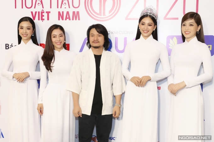 Theo bà Phạm Kim Dung (thứ hai từ trái qua) - phó Trưởng BTC, Hoa hậu Việt Nam 2020 sẽ diễn ra vào chung kết vào tháng 10.