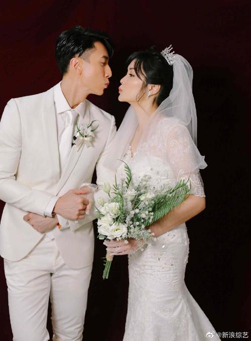 Ngô Tôn và vợ chụp ảnh cưới - 2