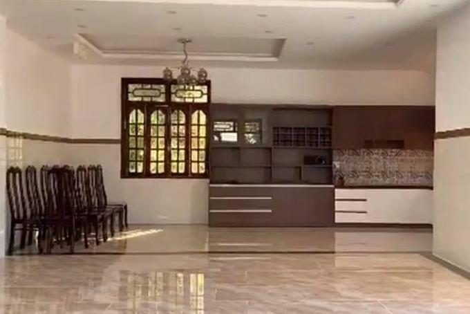 Hai căn nhà mới khang trang của HHen Niê ở quê - 6