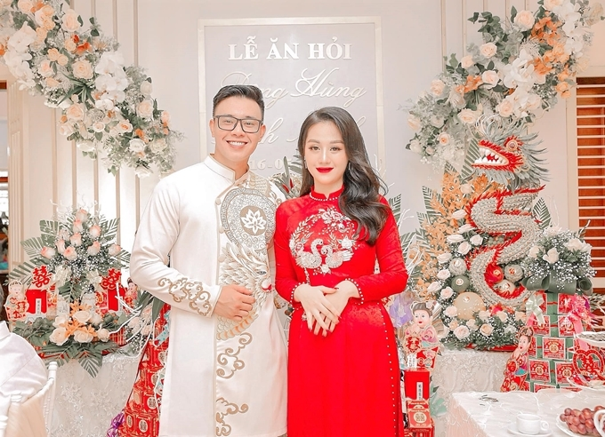Đông Hùng và vợ sắp cưới.