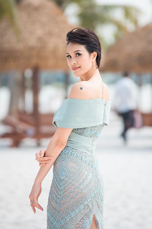 Phương Mai tiết lộ, cô được nhiều người có mặt ở sự kiện khengầy đi trông thấy sau vài tháng ở nhà tránh dịch.