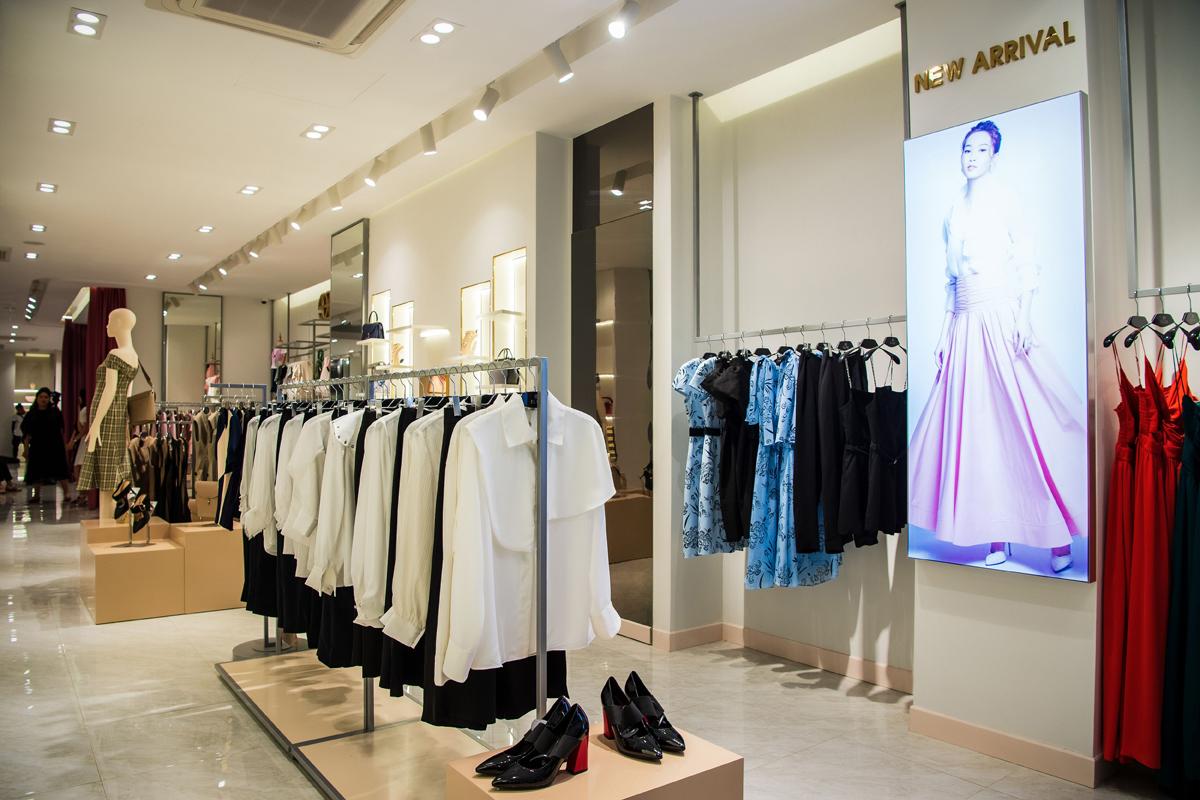 Không gian mới được kỳ vọng mang đến những trải nghiệm mua sắm ấn tượng cho khách hàng của Elise.