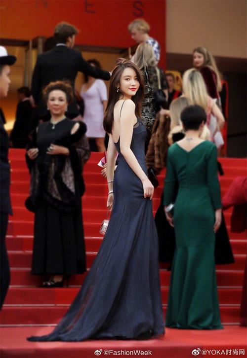 Trương Đại Dịch từng khoe ảnh dự thảm đỏ Cannes.