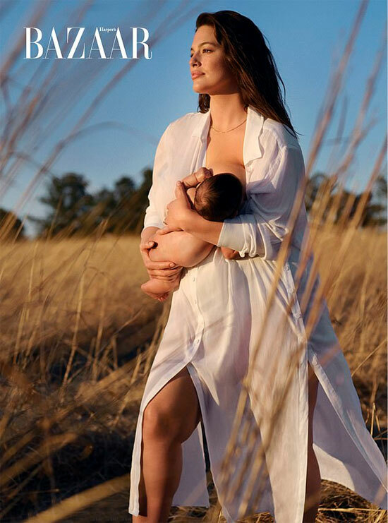 Ashley Graham bế con trai Isaac 5 tháng tuổi chụp hình giữa cánh đồng lúa mạch quê nhà của cô ở Nebraska. Vợ chồng người đẹp đã lái xe 20 tiếng đồng hồ từ New York về đây ngay trước khi Covid-19 bùng phát vào giữa tháng ba.