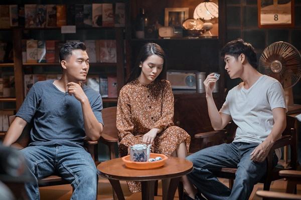 Ba nhân vật trong cuộc tình tay ba của Khóc giữa trời mưa.