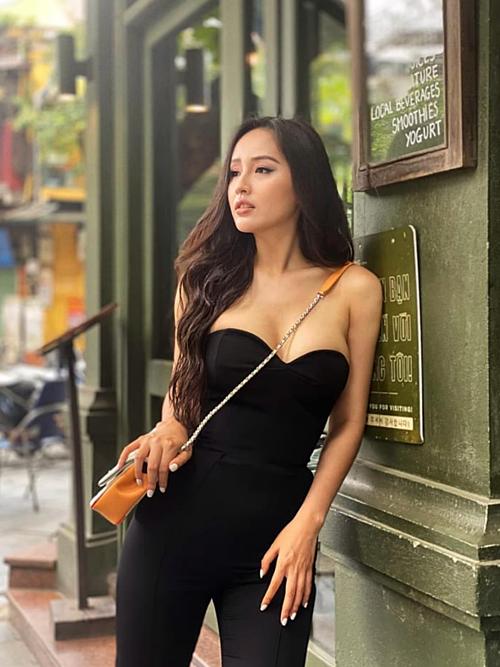 Sau 14 năm đăng qua Hoa hậu Việt Nam, Mai Phương Thúy vẫn giữ độ hot cho tên tuổi. Song cô không tham gia nghệ thuật, chuyển sang đầu tư tài chính, điện ảnh. Nghề này mang tính rủi ro cao, làm sai sẽ phá sản, ít có cơ hội làm lại. Mọi thứ đang đi vào quỹ đạo, đạt được một số thành tựu nhất định. Dù vậy, tôi không dám nhận mình là đại gia hay giàu nhất showbiz.