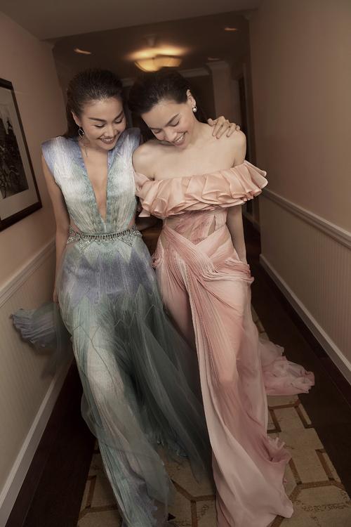 Nguyễn Công Trí tìm thấy sự đồng cảm trong tư duy nghệ thuật của Thanh Hằng và Hồ Ngọc Hà, rồi cùng cặp đôi khai mở những khía cạnh khác nhau của thời trang duy mỹ.