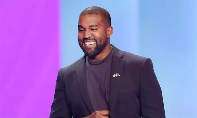 Nam ca sĩ Kanye West.