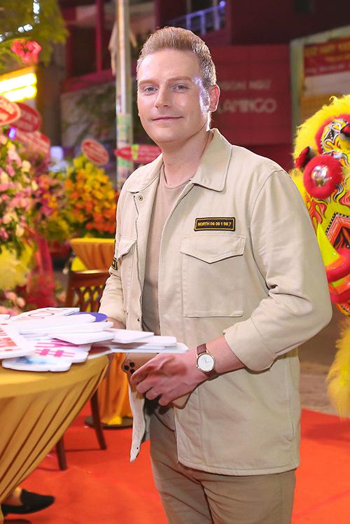 Kyo York là người Mỹ nhưng rất thích các món ăn đặc sản của Việt Nam.