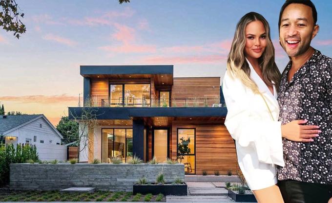Vợ chồng ca sĩ John Legend - người mẫu Chrissy Teigen bỏ ra 5,1 triệu USD tậu biệt thự hiện đại ở Tây Hollywood vào tháng 5.
