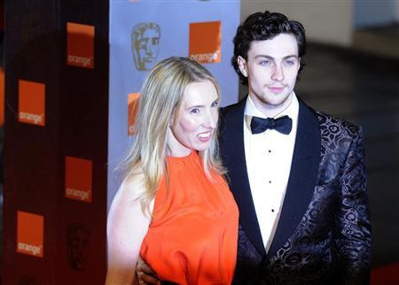 Đạo diễn sinh năm 1967 và nam diễn viên sinh năm 1990 trúng sét ái tình trên trường quay năm 2008.