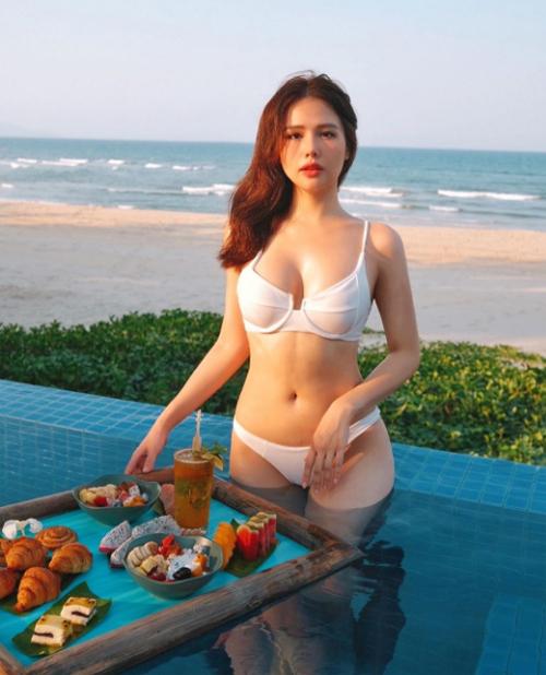 Đám cưới của diễn viên Phương Anh và doanh nhânNguyễn Thành Nam, tổng giám đốc của khu phức hợp nghỉ dưỡng nổi tiếng tại Đà Nẵng, được xem như chuyện tình có hậu giữa kiều nữ và chàng đại gia. Từ lâu, Phanh Lee được biết đến là một 9X năng động, xinh đẹp và tài năng ở Hà Nội. Bên cạnh công việc nghệ thuật, nữ diễn viên Ghét thì yêu thôi còn rất đam mê du lịch.