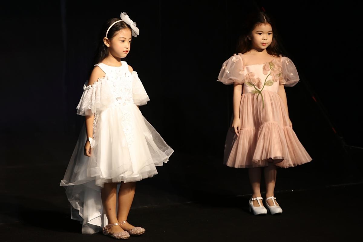 Trong chương trình, Xuân Lan muốn các bé giữ được sự hồn nhiên đúng với tuổi thơ, thay vì trang điểm cầu kỳ hay catwalk ưỡn ẹo.