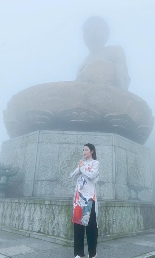 Cô cầu sức khỏe, bình an cho bản thân và gia đình. Hôm 29/6, cô di chuyển từ Quảng Ninh vầ Hà Nội, kết thúc kỳ nghỉ ngắn ngày để trở lại công việc.