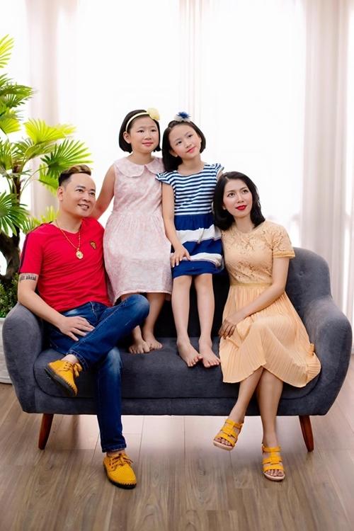 Gia đình Tùng Dương khi còn hạnh phúc.