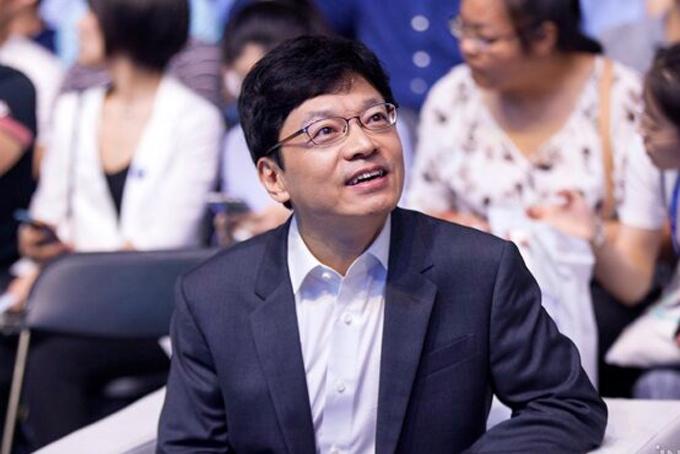 6. Kwon Hyuk-bin, 54 tuổi, đồng sáng lập hãng game trực tuyến Smilegate- Tổng tài sản 4 tỷ USD, tăng 1,1 tỷ so với 2019.Kwon Hyuk-bin đồng sáng lập Smilegate vào năm 2002 và xây dựng nó thành một trong những công ty game thành công nhất ở Hàn Quốc. Sau khi hợp tác với gã khổng lồ Internet Trung Quốc Tencent vào năm 2008, hãng phát hành tựa game nổi tiếng CrossFire. Ảnh: Forbes.