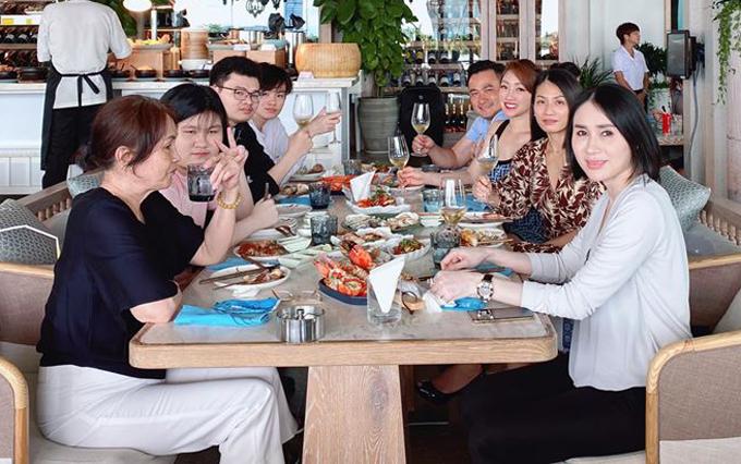 Đại gia đình nhà Chi Bảo có bữa tiệc vui vẻ vào trưa chủ nhật 12/7.
