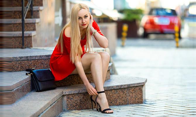 Chọn giày cho từng kiểu váy áo