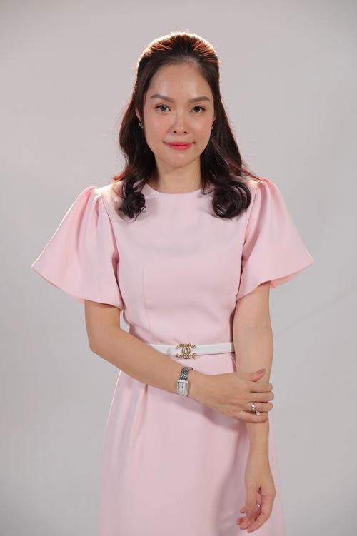 Dương Cẩm Lynh cho rằng hai vai diễn khó nhất cô từng đóng là ở hai phim Khi thân chủ là người tình và Tiệm ăn dì ghẻ. Sau này dù nhận vai nào, cô cũng không còn thấy áp lực.