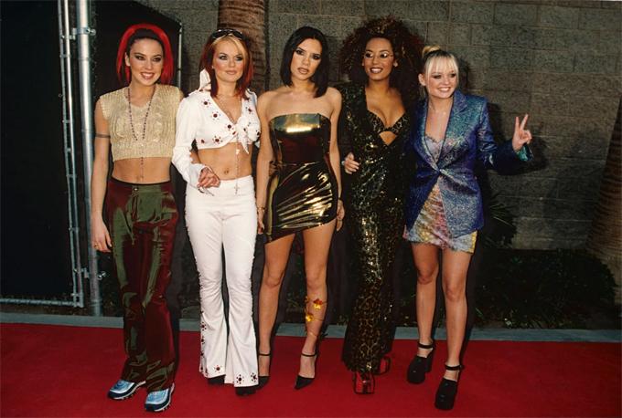Nhóm Spice Girls từng gây sốt thập niên 1990.