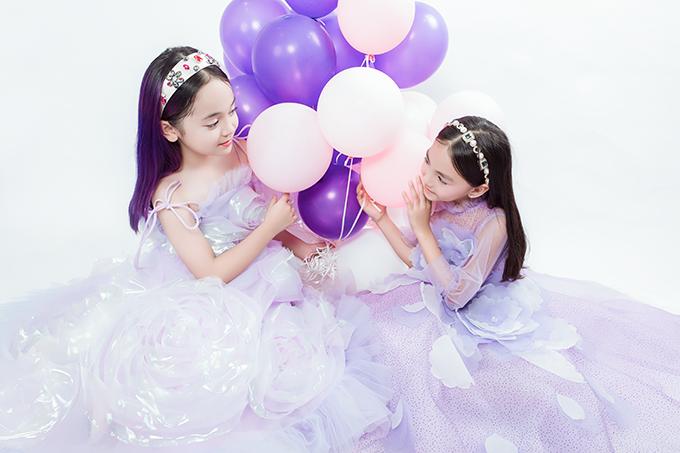 NTK Thảo Nguyễn cho biết, cô cùng ê kíp làm việc cật lực trong nhiều tháng để hoàn thành 4 bộ sưu tập, bao gồm cả thời trang ứng dụng, thời trang dự tiệc và thời trang cao cấp.