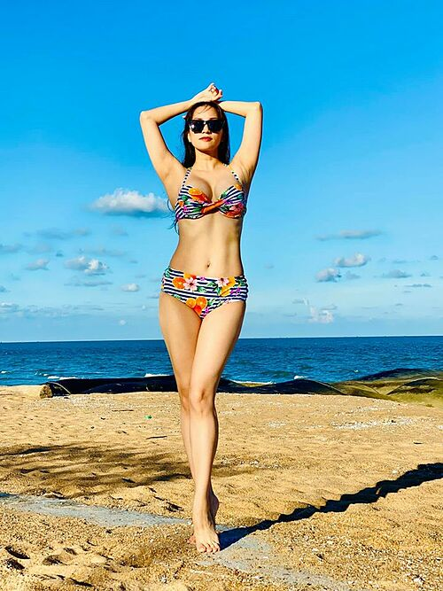 Chạm mốc 46 kg, giờ thì sẽ tập nhảy trở lại, Khánh Thi hào hứng chia sẻ thành quả sau thời gian tích cực giảm cân.