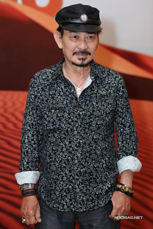 Diễn viên Mã Trung đến dự ra mắt phim mới của đạo diễn Lưu Trọng Ninh.
