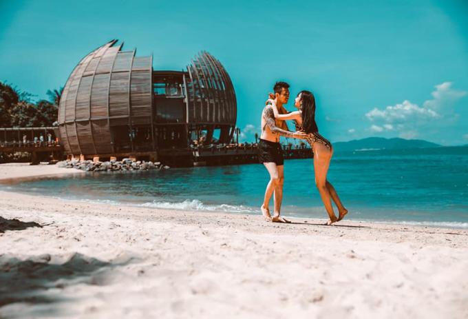 Vợ chồng Minh Nhựa check in resort  - 12