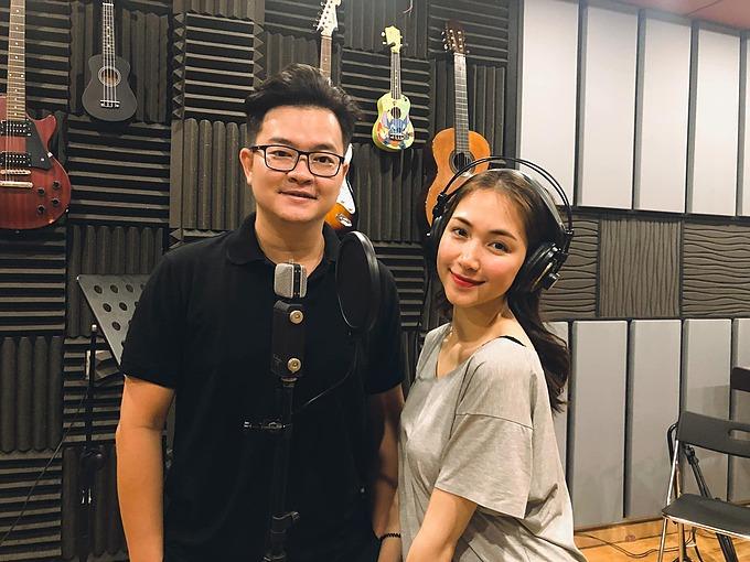 Hòa Minzy tiết lộ sẽ hợp tác với nhạc sĩ Nguyễn Minh Cường (chủ nhân bản hit Hoa nở không màu đang gây sốt do Hoài Lâm thể hiện) trong dự án âm nhạc mới.