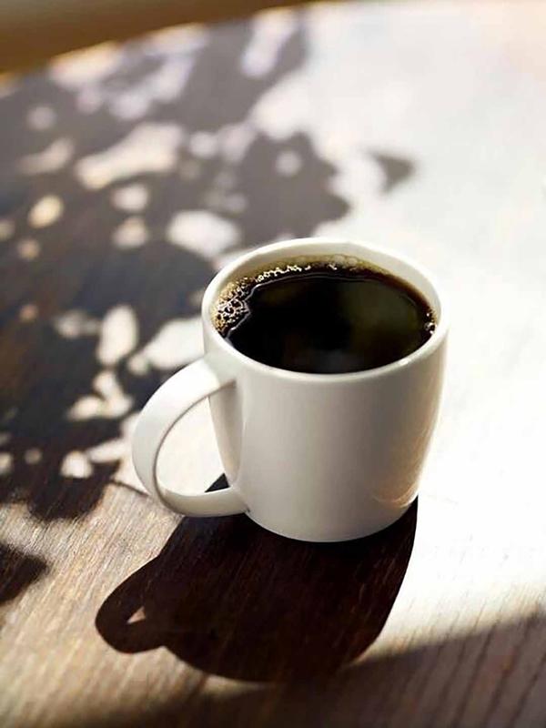Cà phê đen giúp tăng cường đốt cháy mỡ thừa,