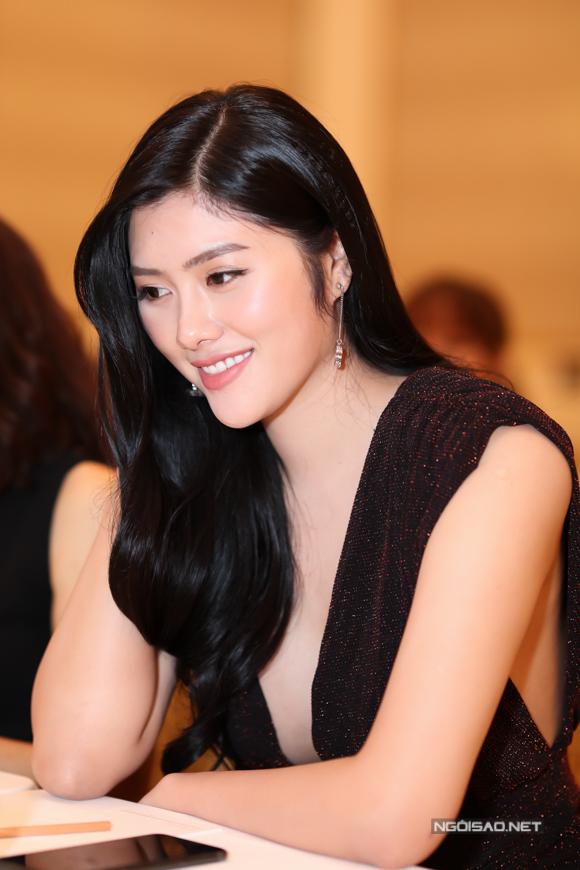Huỳnh Tiên hiện có cơ sở làm đẹp tại TP HCM. Cô không hoạt động nghệ thuật nhiều mà chủ yếu làm kinh doanh.