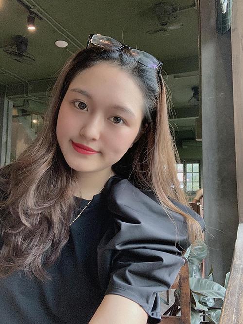 Nguyễn Thị Kim Trang (22 tuổi, nữ hộ sinh, Hà Nội) kể mong ước mỗi ngày của chị là khi chồng đi làm về mệt mỏi đều được ăn một bữa cơm nhà đúng nghĩa, để dù đi đâu xa, chồng luôn nhớ về gia đình.