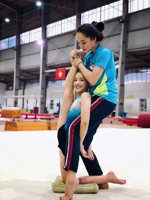 Ngoài làm mẫu, Lucy Bùi còn có năng khiếu với môn thể dục nghệ thuật. Hiện nay, em là học sinh của một trường quốc tế tại Hà Nội và chuẩn bị trở về Mỹ sinh sống. Mẹ của mẫu nhí cho biết, Lucy luôn muốn được quay trở lại sàn diễn ở Việt Nam để gặp lại cảm hơn những người luôn yêu thương và ủng hộ mình.