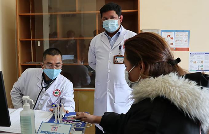 Sàng lọc nCoV tại Bệnh viện đa khoa Lâm Đồng. Ảnh: Khánh Hương