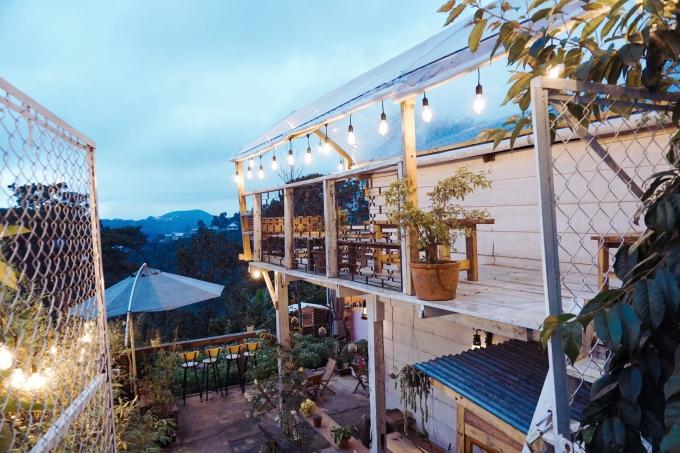 Quán cà phê view đồi ở Đà Lạt - 12