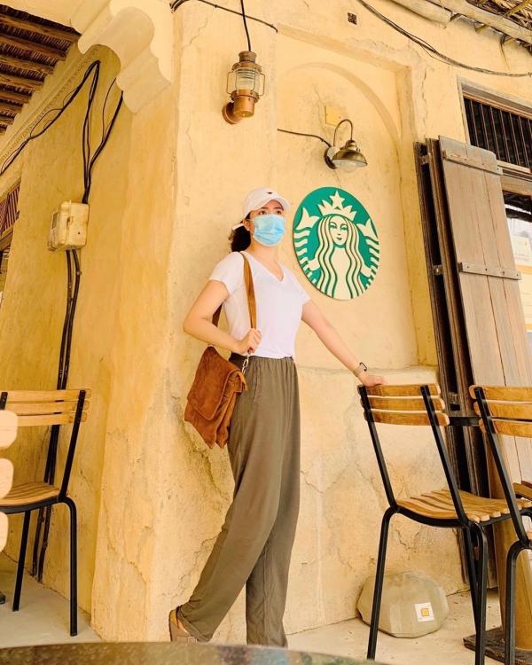 Tiệm Starbucks kiểu nhà tranh mái lá ở Dubai - 4