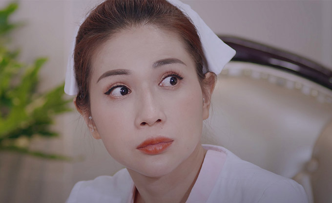Diễn viên Khả Như là cô y tá trương tên Như Ý làm cùng bệnh viện với Huỳnh Lập.