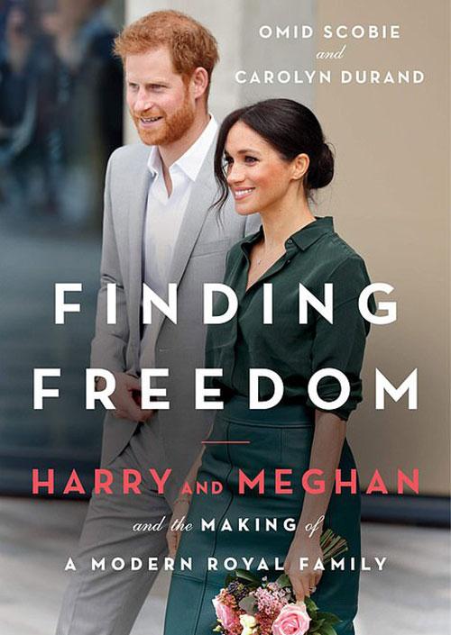 Bìa cuốn sách Finding Freedom. Ảnh: Amazon UK.