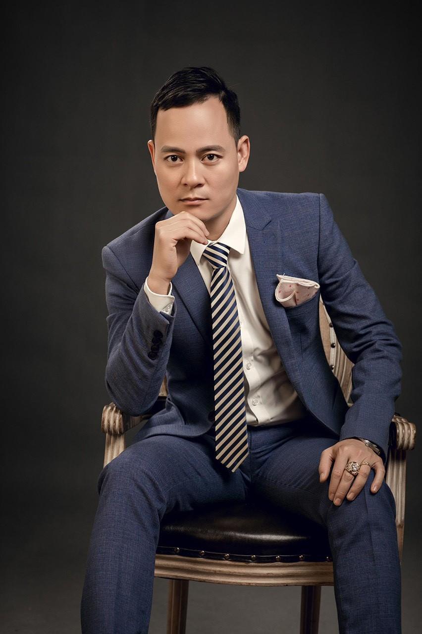 Anh Đỗ Văn Tâm là đồng sáng lập thương hiệu mỹ phẩm Doctor Queen.