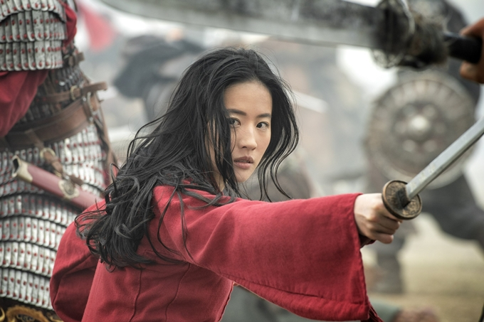 Trong phim, hoa đán Trung Quốc thực hiện nhiều cảnh võ thuật và hành động.