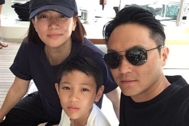Gia đình Trương Trí Lâm và Viên Vịnh Nghi, cùng con trai Trương Mộ Đồng.