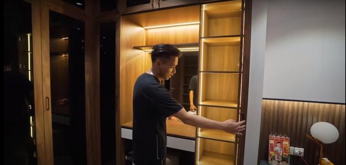 Độ Mixi ưu tiên nội thất thông minh trong không gian sống. Các tủ hầu như đều có cảm ứng ánh sáng.