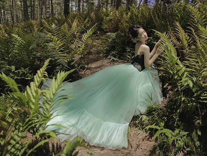 Bảo Hà diện váy công chúa dạo chơi ở Đà Lạt - 4